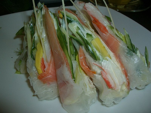 Lachs Reis Rolle